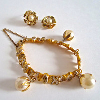 Pearl Bracelet and Earrings Set