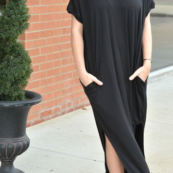Simple Beauty Dress - Black