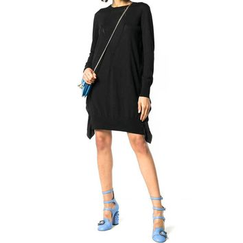 No. 21 Knitted Black Dress