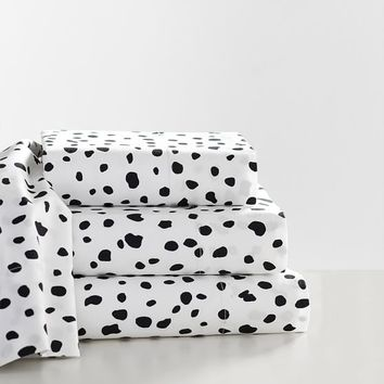 The Emily & Meritt Leopard Dot Sheet Set