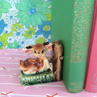 Kitsch deer figurine bookend!! Cute, woodland fawn mini bookend! ReTrO BaMbi!