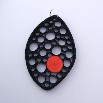 Black paper quilled pendant, black pendant, circle pendant, oval black and red paper pendant