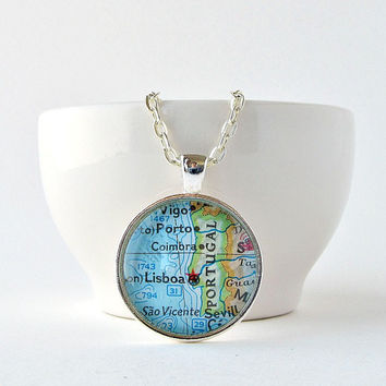 Portugal Map Necklace / Portugal Jewelry / Christmas Gifts for Her / Gifts under 25 / Gifts for Mom / Gift for Daughter / Gift for Grandma