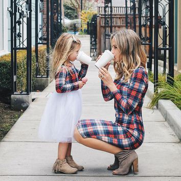 Mother Daughter long sleeve Dresses Color grid Family Look Matching Clothes Cotton Mom And Daughter Dresses Family Clothing 2018