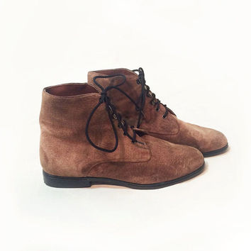 Vintage 1980's Suede Granny Ankle Boots    Unworn Deadstock Booties   Size 7 to 7.5