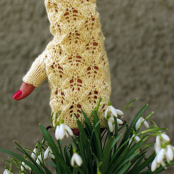 Romantic white Lace arm warmers, knit fingerless gloves, wrist warmers, fingerless mittens, knitted armwarmers, bridal gloves, hand warmers