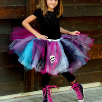 Monster High tutu and hair bow, monster high outfit, monster high birthday party, monster high skirt, alligator clip bow