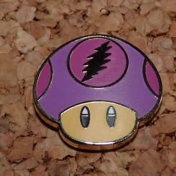 Grateful Mushroom - Mario Mushie - 1up shroom - One Up - Mario Mushroom - Grateful Dead - Dead Bolt - Hat Pin - Lapel Pin - Purple on purple