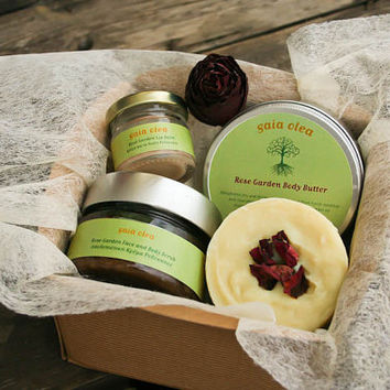 Natural Handmade Aromatherapy Skin Care Gift Set, Rose Garden Gift Pack, Rose Soap Body Butter Scrub and Lip Balm with Paper Box