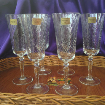 Luminarc Swirled Wine Glasses, Verrerie d'Arques France, Red Wine, Champagne Fluted Rims, Set of Six