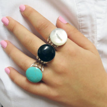 Rings White, Mother of pearl Rings, Mothers Rings, Silver Rings, Sea Jewelry, Ocean Jewelry, Adjustable Ring, Natural Stone Ring, Wife Gift