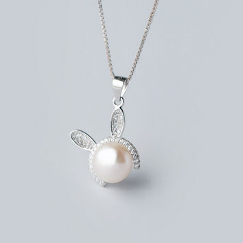925 sterling silver Small rabbit Pearl Necklace,a perfect gift