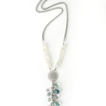 Mint Fluorite Gems Y Necklace with Moonstone Stone Chips, Chic Style Timeless Jewelry