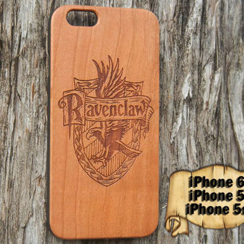 Ravenclaw Crest, Harry Potter, Engraved iPhone 6 5 5s Wood Case, Made from Genuine Walnut or Cherry