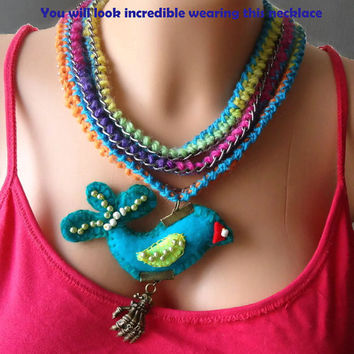 Textile  necklace/ Crochet colourful necklace/Felt Bird embroidered with beads/Crochet  chain/Boho Hippy style/Gift for her