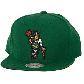 ONETOW NBA Mitchell & Ness Boston Celtics Lucky Snapback Hat