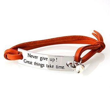 AIOPAKE Inspirational Couple Bracelet Personalized Leather Charm Bracelet for Men Women Never Give Up Encouragement Gifts