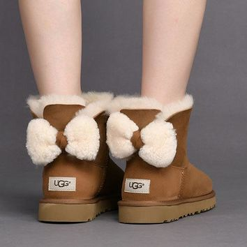 Best Deal Online Fashion CHESTNUT UGG Classic Boots ARIELLE 1019625