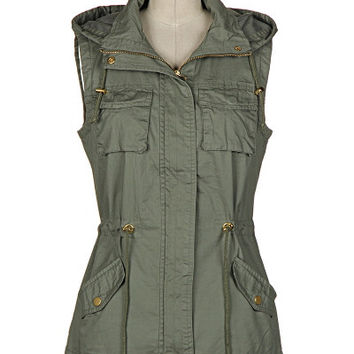 Commander In Chic Utility Vest - Olive