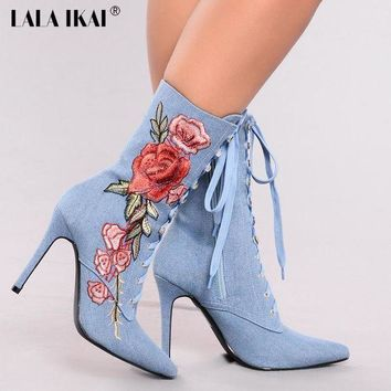 LALA IKAI Retro Embroider Short Boots Women Fashion Flowers Lace-Up Shoes For Women Au