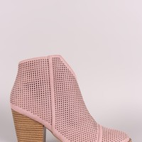 Qupid Perforated Suede V-Cut Chunky Heeled Booties