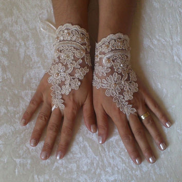 Light beige Wedding gloves bridal gloves fingerless lace gloves beaded pearl and rhinestone free ship
