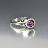 Silver Filigree Color Change Alexandrite Ring Deco Style