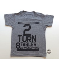 2 Turntables & A Microphone Tee