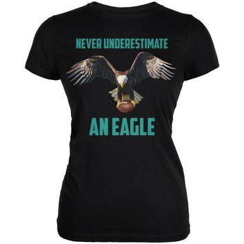 PEAPGQ9 Never Underestimate An Eagle Flying Football Juniors Soft T Shirt