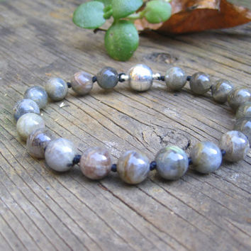 Grey Labradorite Cat Collar, Hand Knotted Cat Jewelry Collar with Magnetic Ball Clasp, Pet Healing Stone, Holiday Pet Gifts