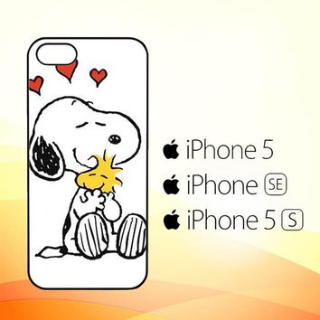 Snoopy Hug L1599  iPhone 5|5S|SE Case