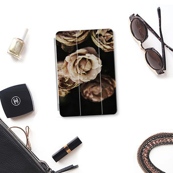 Roses iPad Mini 1/2/3 cover by VanessaGF   Casetify