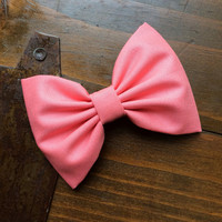 Beautiful large coral hair bow from Seaside Sparrow. Perfect gift.