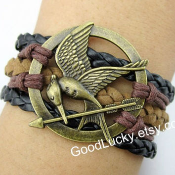 Catching fire,Mockingjay pin bracelet,Brown,black,leather bracelet,Hunger bird bracelet,hipster jewelry,Braided Bracelet,Games bracelet