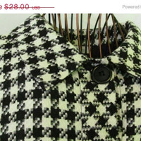 Womens Big Button Blazer Tweed Houndstooth Black and White Outer Jacket