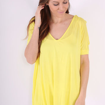 Short Sleeve V Neck Piko Top- Yellow