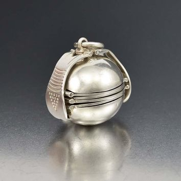 Large Taxco Silver Accordion Multi Photo Ball Locket