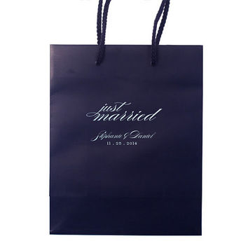 Hotel Welcome Bags Wedding Guest Personalized Wedding Favors Foil Stamped Paper Tote Bags Gift Bags Rehearsal Dinner Anniversary Custom
