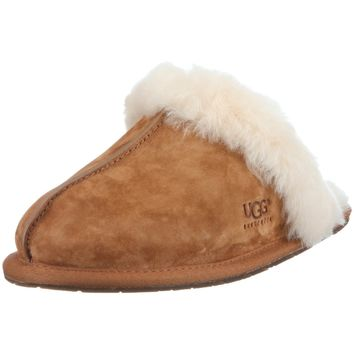 UGG Australia Women's Scuffette II Sheepskin Slipper Chestnut 8 M US