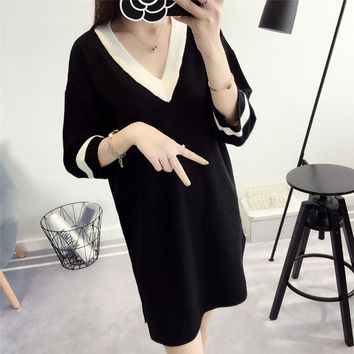 Fashion Winter 2017 new Women Sweater Dress young Women Clothes Ladies Long Sleeve sexy V-neck Knitted loose Casual mini Dress