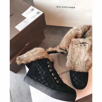 ONETOW Sale Luxurious Louis Vuitton LV Winter Sheepskin Black Snow Boots