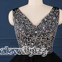 Cute black mini beading top homecoming dresses,2015 prom dresses above the knee,mini dress,party dress gowns,cocktail dress,sweet16 dresses