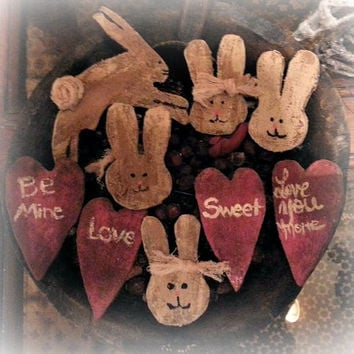 Bowl Of Heart & Bunnies, Wood Grungy Heart Bunnies Bowl Fillers/Ornies, Personalized Hearts, Approx 2 1/2 - 3""
