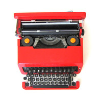 vintage RED Valentine portable Olivetti Typewriter with carrying case