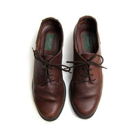 25% OFF STOREWIDE 90s brown leather oxfords. Lace up shoes.