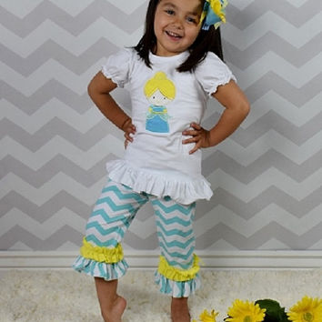 Girls Cinderella Outfit, Cinderella Personalized Shirt, Girls Disney Princess Outfit, Cinderella Chevron Outfit, Girls Back to School Outfit
