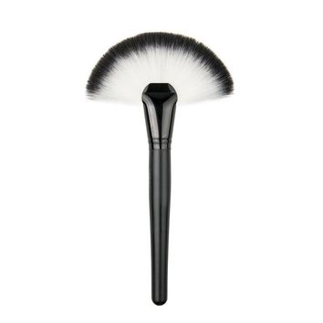 Soft Makeup large Fan Brush Foundation Blush Blusher Powder Highlighter Brush Powder cleaning brushes Cosmetic tool