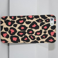 Wild Leopard Hard Snap-On Skin Case Cover Accessory for iPhone 4 4S for Gift-Pink