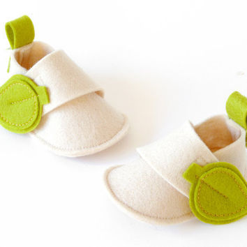 Newborn baby crib shoes Eva Natural ecru white and by LaLaShoes