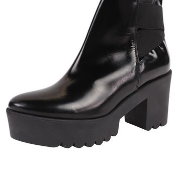 Sixt Leather and Elastic Bootie